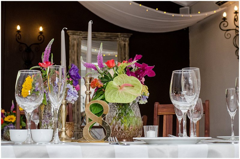flowers by sitting pretty allesverloren wedding venue